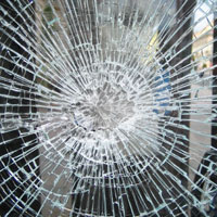 Photo of shattered glass | Lonsdale Insurance Brokers | Claims Department